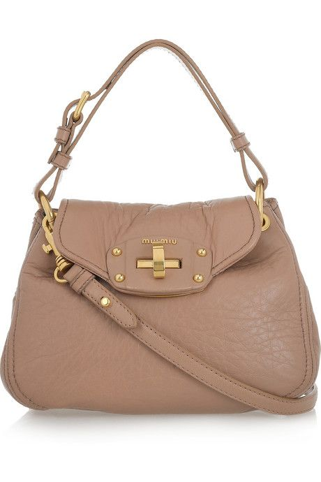 bcf8300aba5a I m in love with this bag. But 850€  Seriously