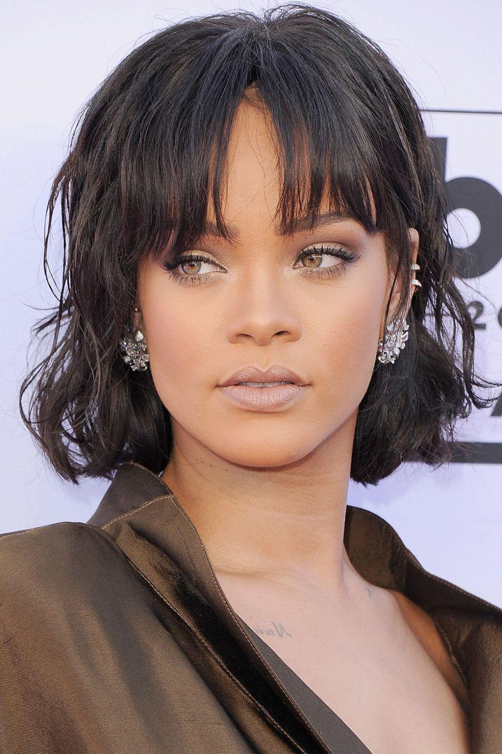 Rihanna Rihanna Pony Frisur Rundes Gesicht Frisur Ideen En Frisuren