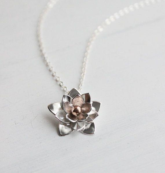 Collar de plata de Lotus, colgante - plata de ley y las de bronce, regalos para ella, joyería de la boda