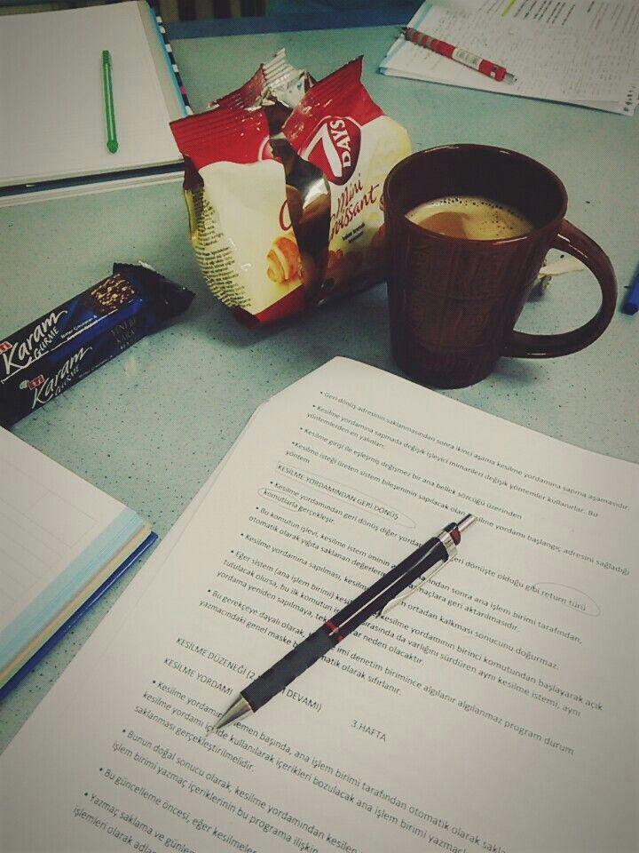 Ders çalışıyorum temalı