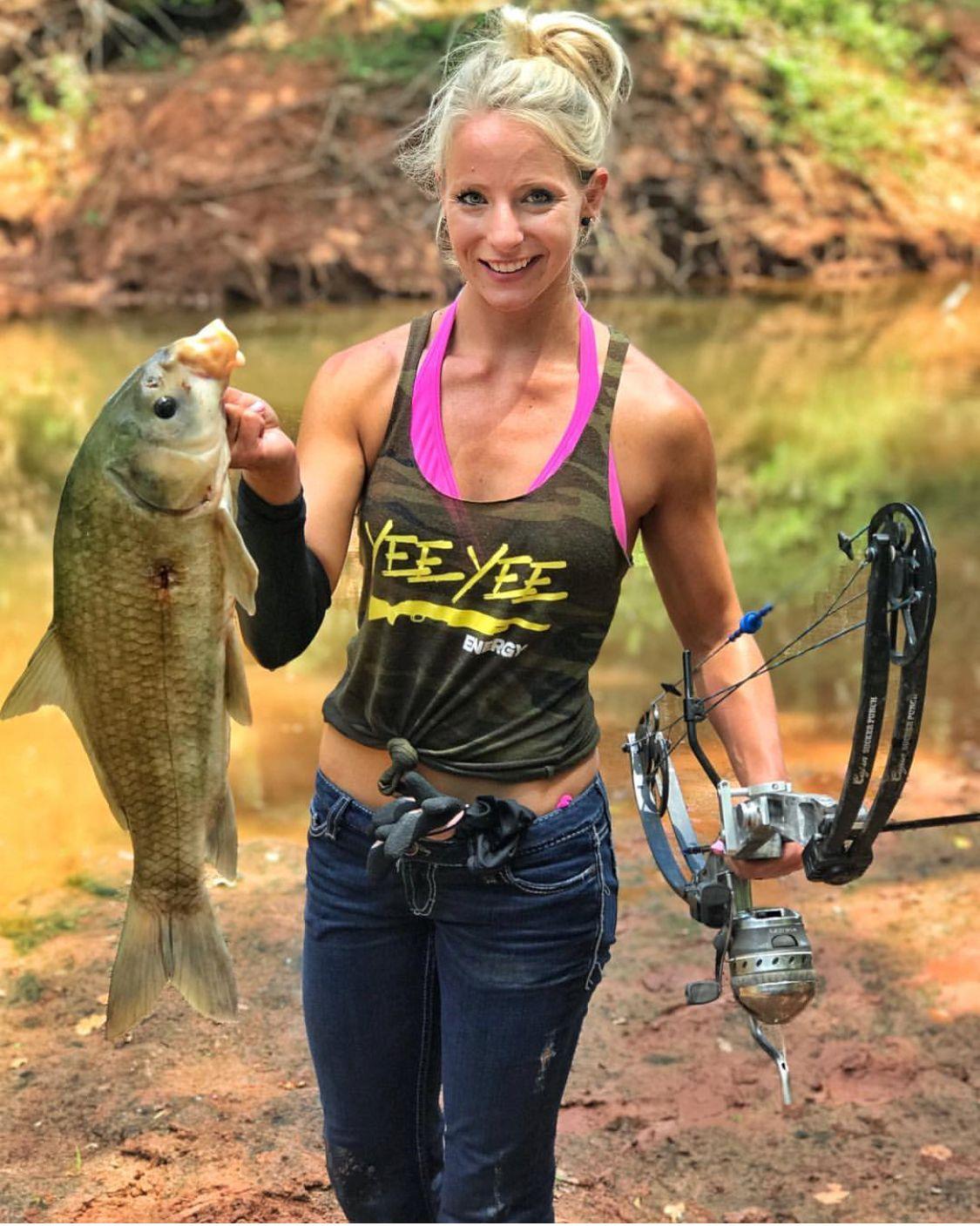 Рыбалка женская картинки