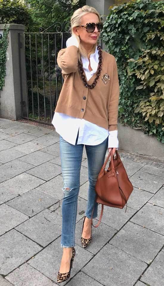 In This Gallery We Ve Brought Together 25 Ideas Of Casual Outfits For 50 Year Old W Business Women Fashion Badass Women Fashion Business Casual Womens Fashion