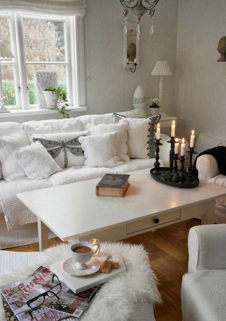 kleines weißes Wohnzimmer im Shabby Chic Stil dekorieren Meubel - shabby chic deko wohnzimmer
