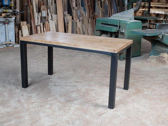 Table bois et métal sur mesure unique acier bruni chêne fait