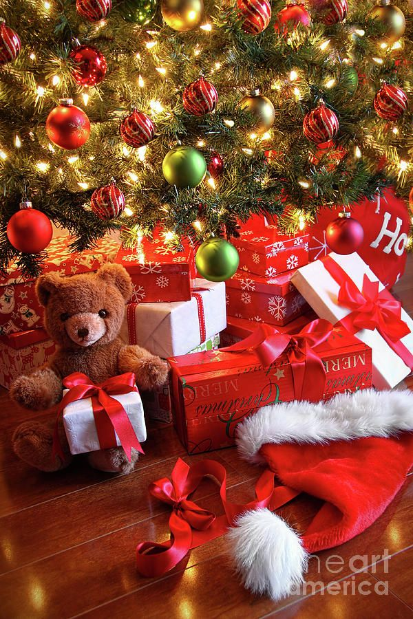 decide how many gifts each child will get then give up that same amount with them to needy children that way the kids get new toys they learn charity - How Many Gifts For Christmas