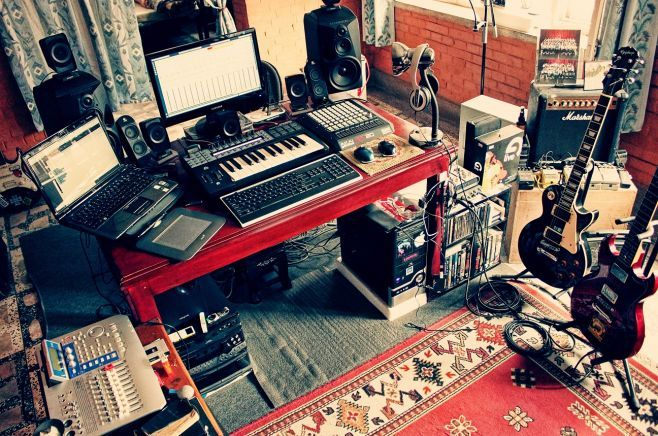 Simple Home Recording Studio Setup KTM