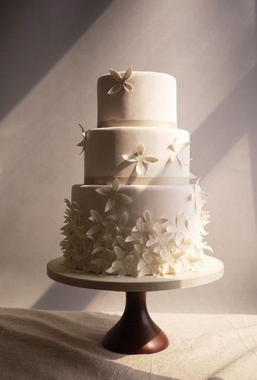 image of Fondant Wedding Cakes