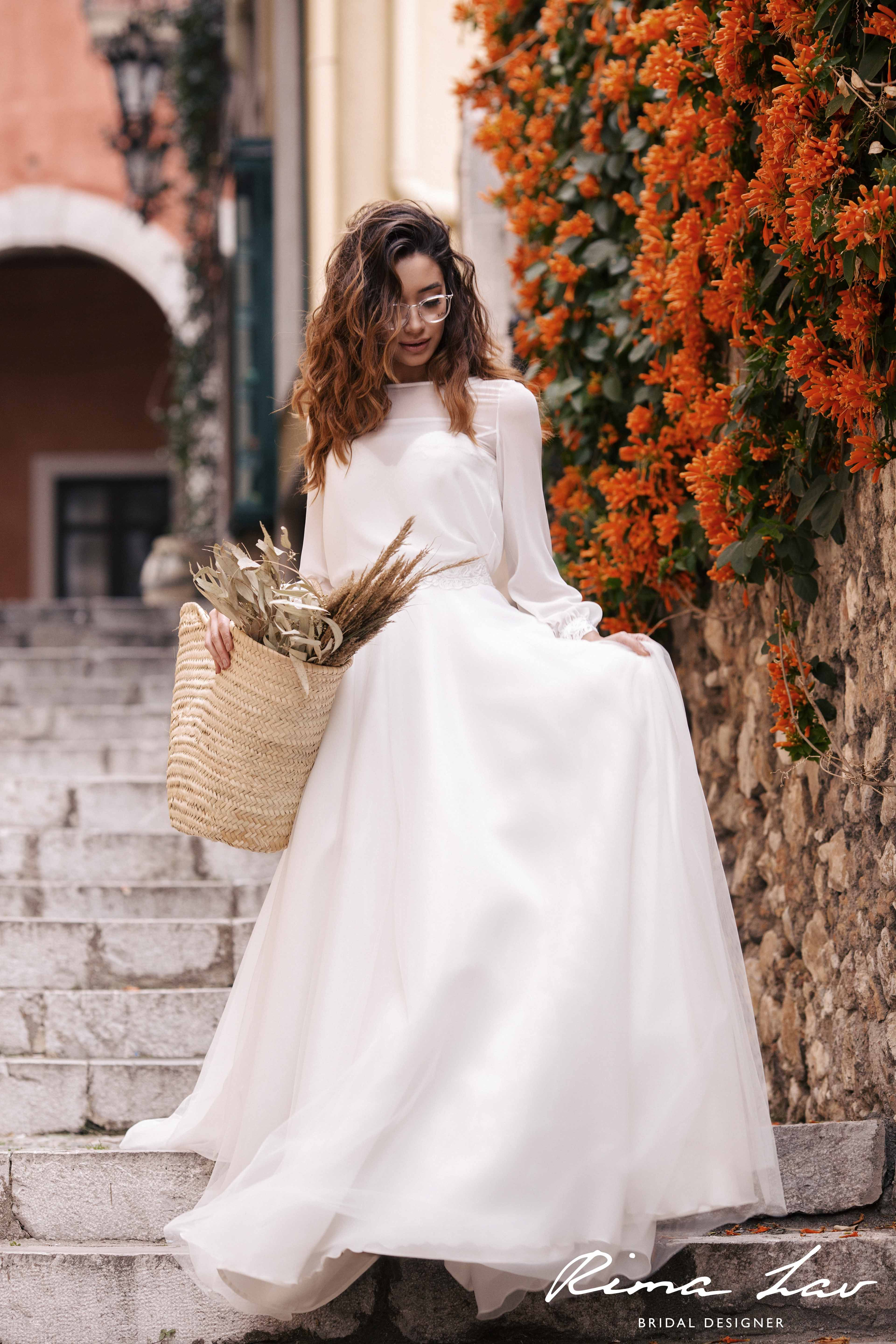 Rima lav liv and theron blouse wedding gown wedding dress with
