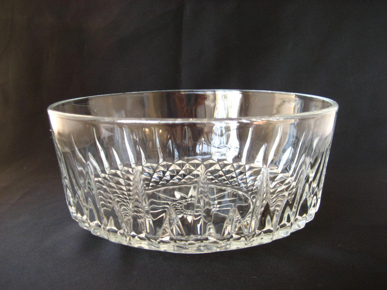 Vintage Large Clear Glass Bowl Arcoroc France Salad Soup