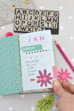 We r memory keepers book binding punch guide