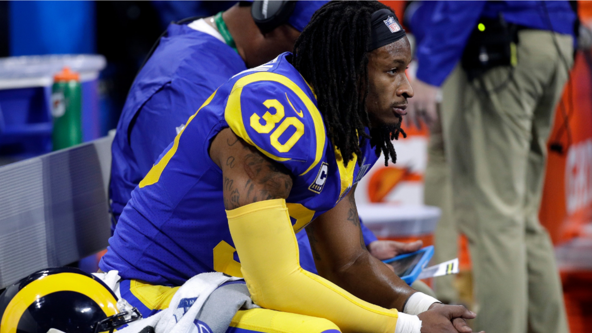 La Sports Roundup February The Golden Angeleno Todd Gurley Nfl History Running Back