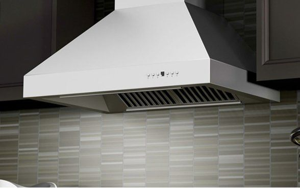 Best Range Hoods of 2018 - Ducted and Ductless Range Hood Reviews ...