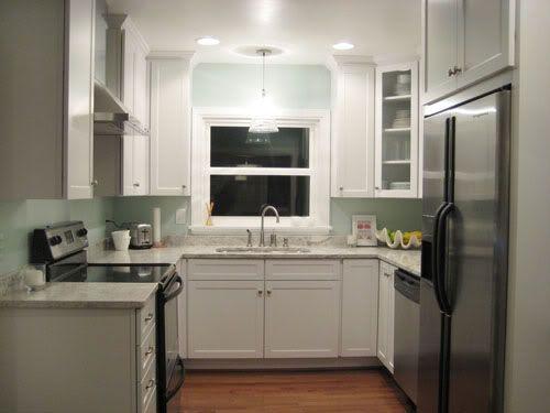 22 amazing kitchen makeovers small u shaped - Small U Shaped Kitchen Remodel Ideas
