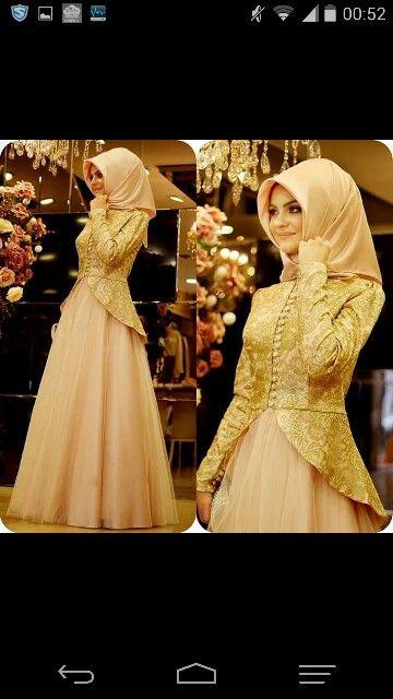 Sabiha Türe adlı kullanıcının elbiseler panosundaki Pin