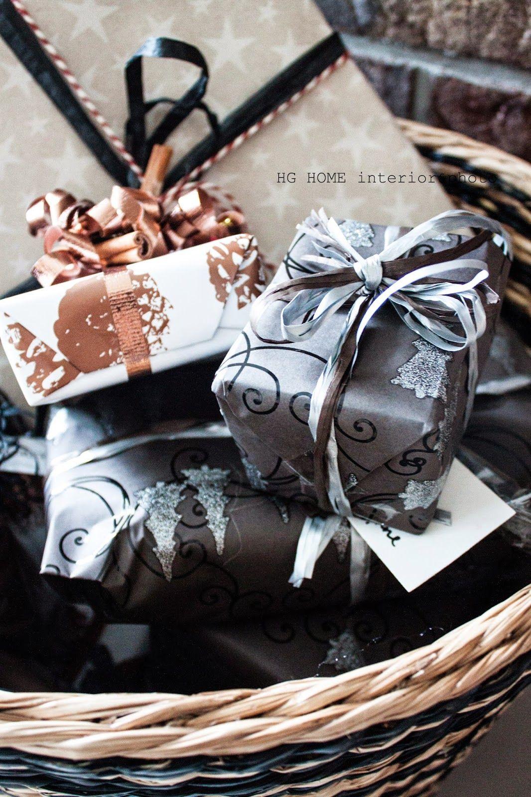 A metallic Christmas I #christmasgiftwrap I #prettypresent ...