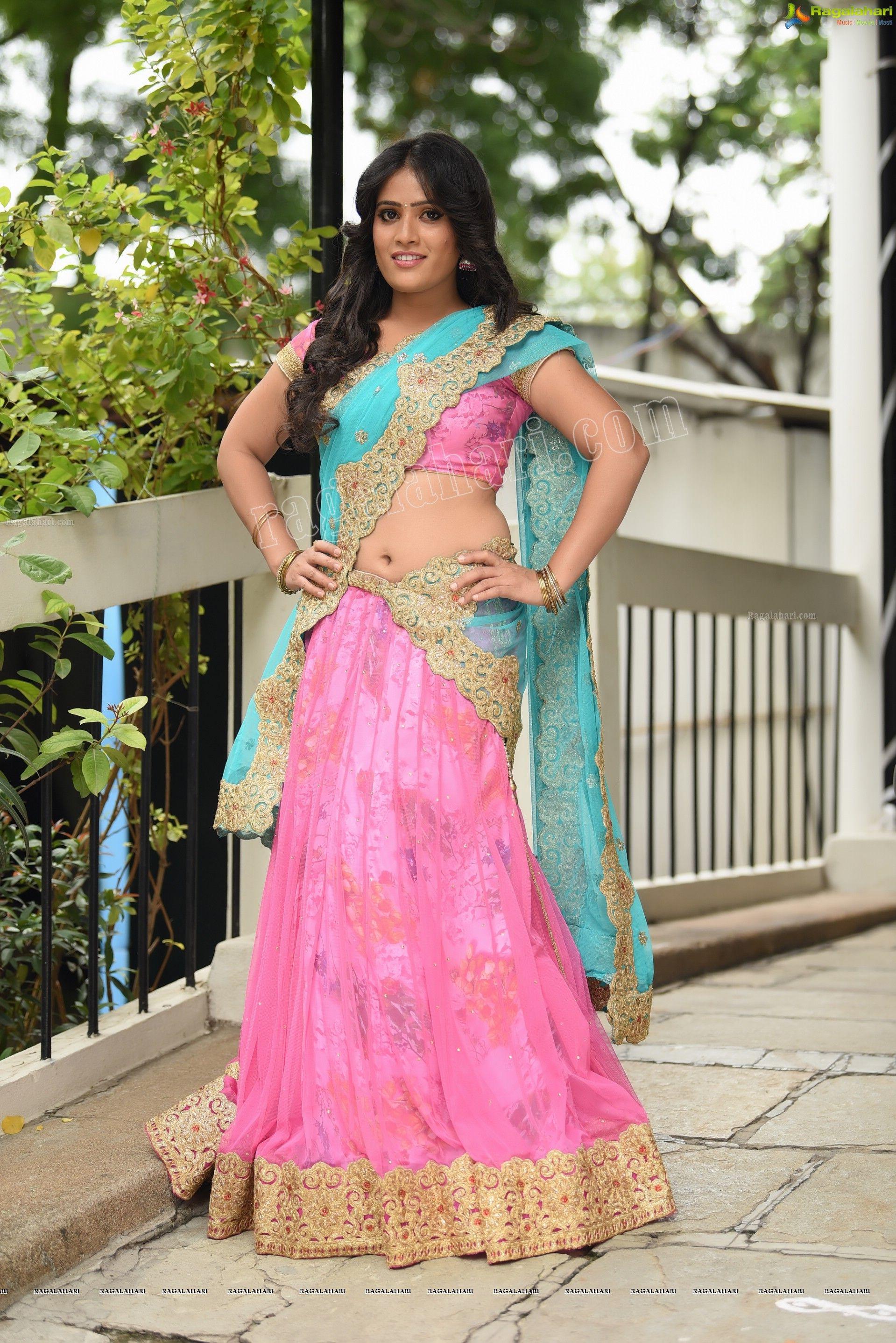 Anusha Parada (Exclusive Photoshoot) (High Definition