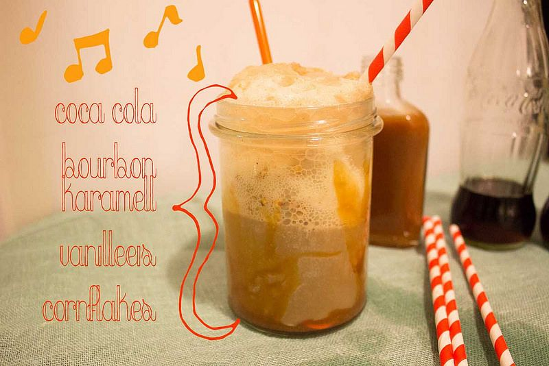 Zwergenprinzessin mixes our cornflakes and chocolate crunchy into her bourbon caramel float