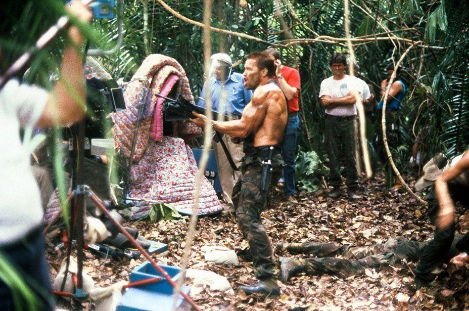 Arnold Schwarzenegger deals with a rude telemarketer.