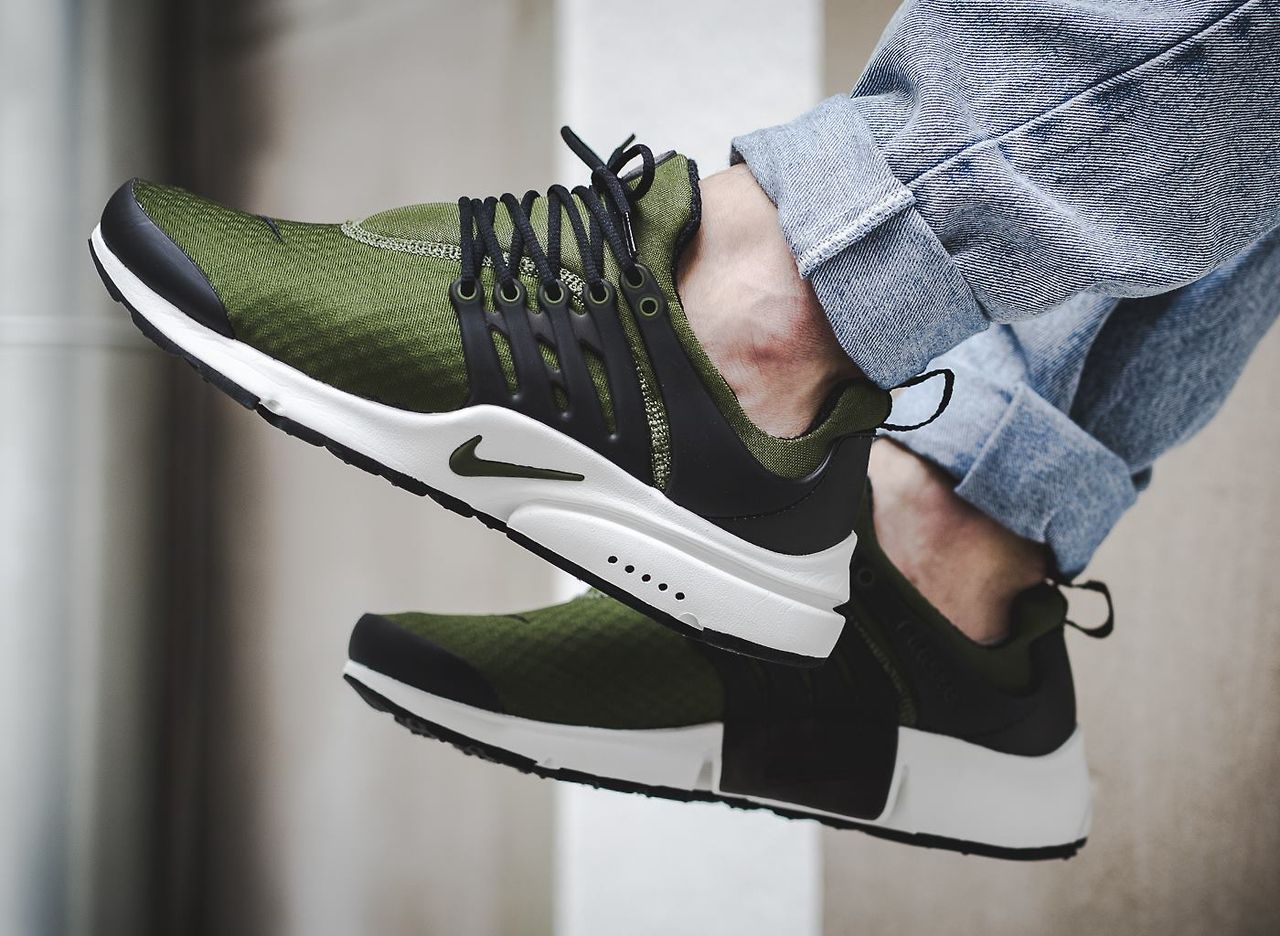2e10c3599cd2 Nike Air Presto Essential  Legion Green  (via Kicks-daily.com ...