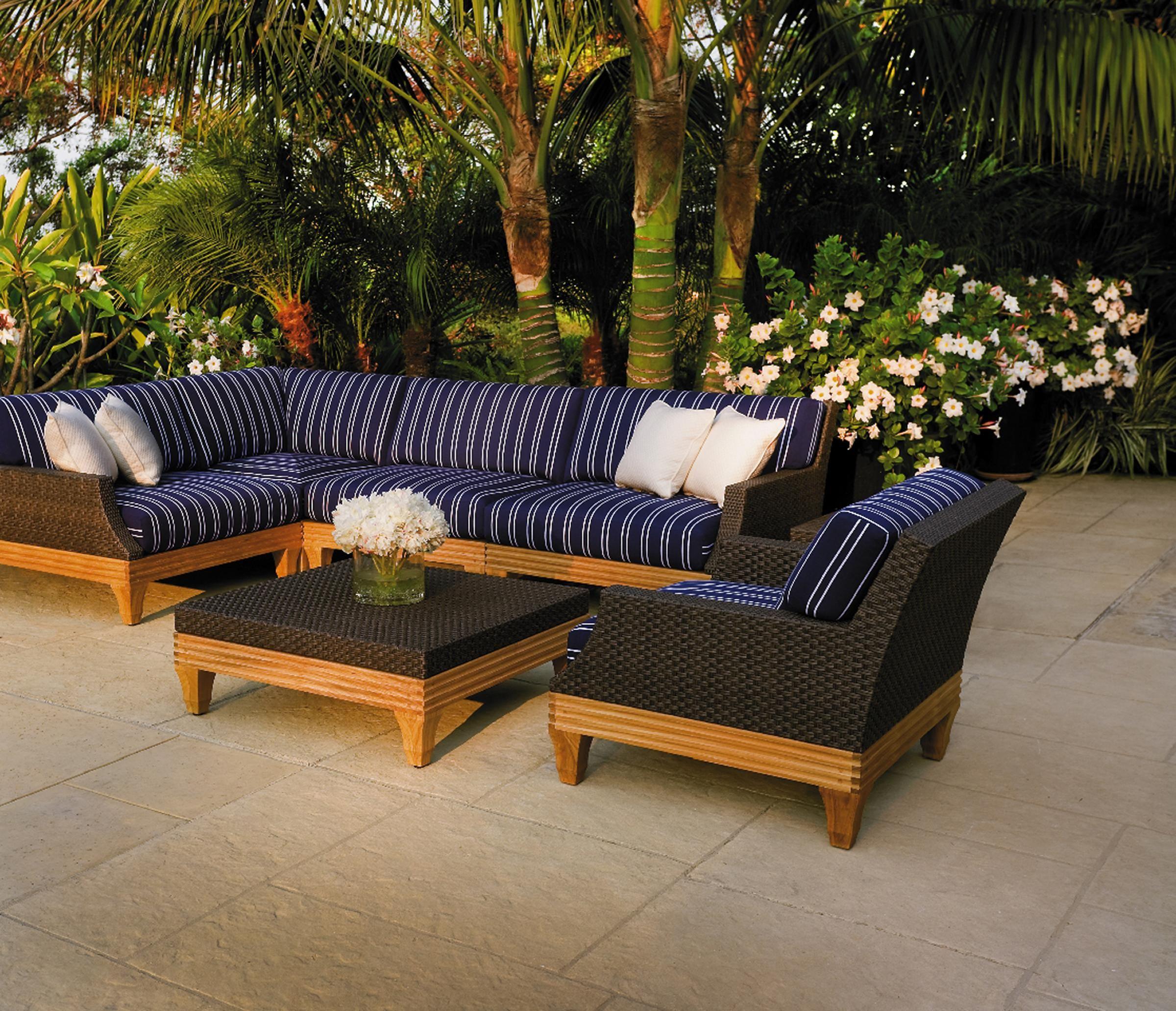 Tessuto Modular Seating Giati Designs Inc
