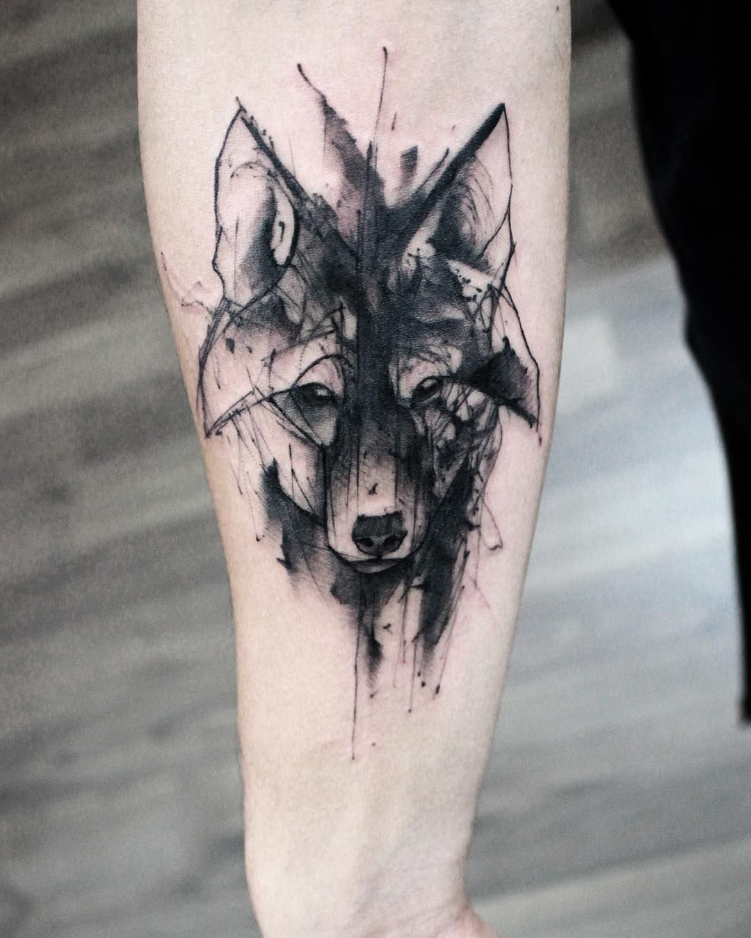 sketch watercolor wolf animal tattoo designs pinterest watercolor wolf wolf and sketches. Black Bedroom Furniture Sets. Home Design Ideas