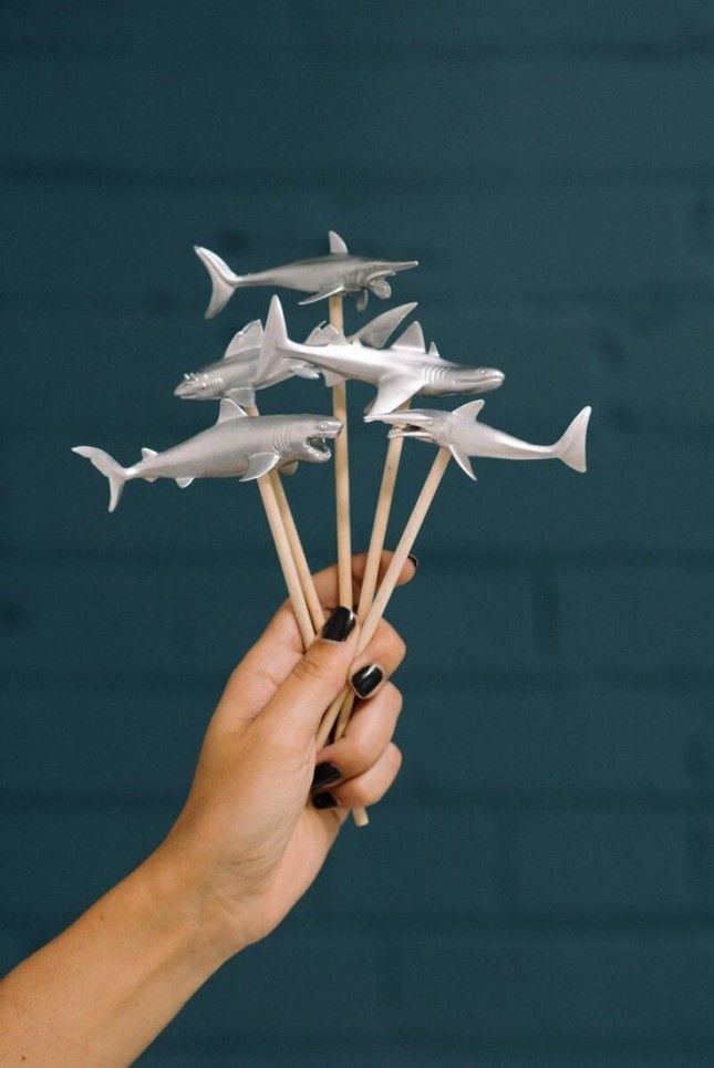 12 Essentials for Throwing a Fin-Tastic Shark Week Premiere Party
