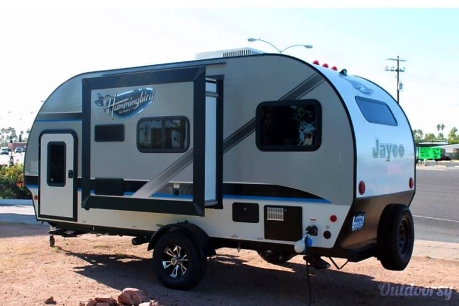 Check out this 2018 Jayco Hummingbird 17BH on Outdoorsy