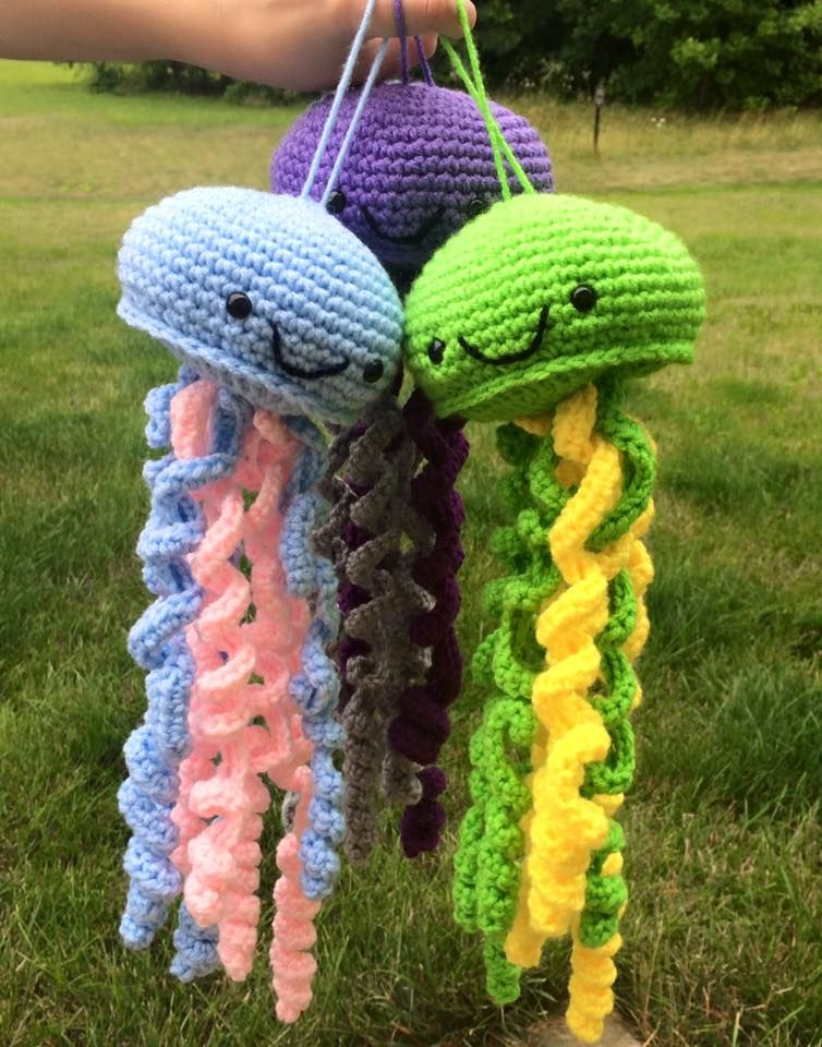 9 Best Selling Crochet Items For A Warm Weather Craft Fair Crochet