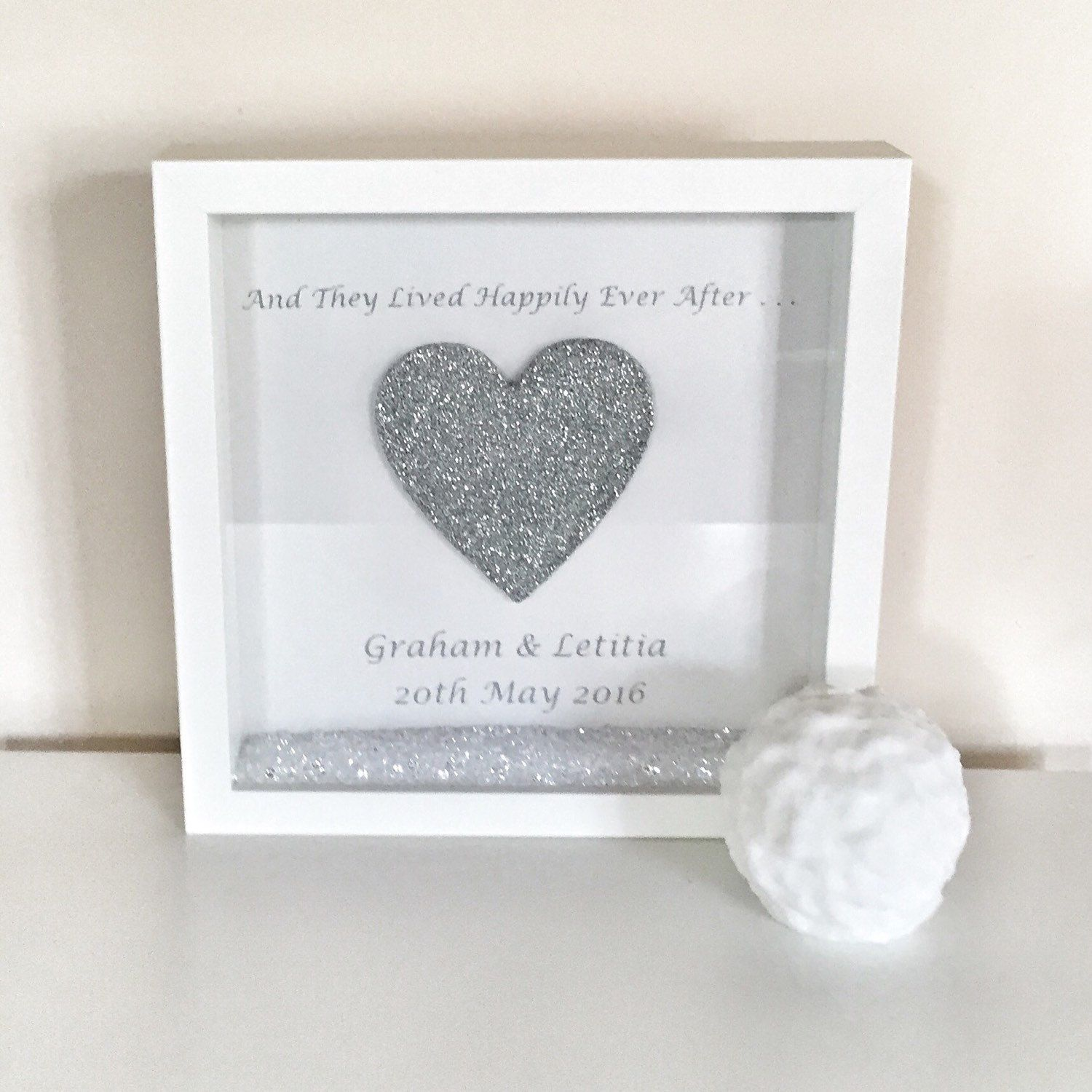engagement gift black box frame height25cm width25cm white box frame height25cm width25cm this beautiful and frame can come in either a