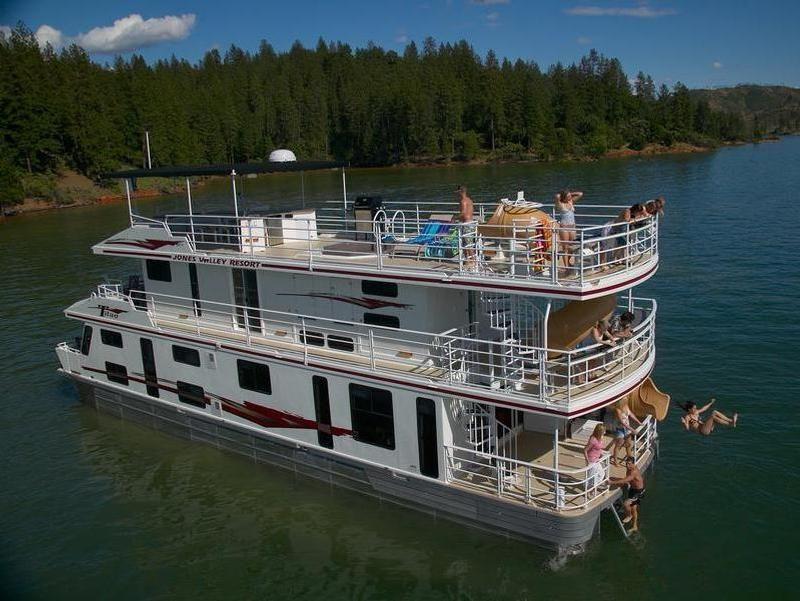 65foot titan houseboat at lake shasta shasta lake