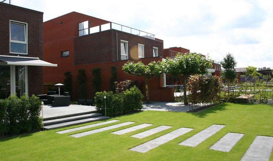 Moderne tuinen strak en modern tuinontwerp for the for Tuinarchitect modern strak