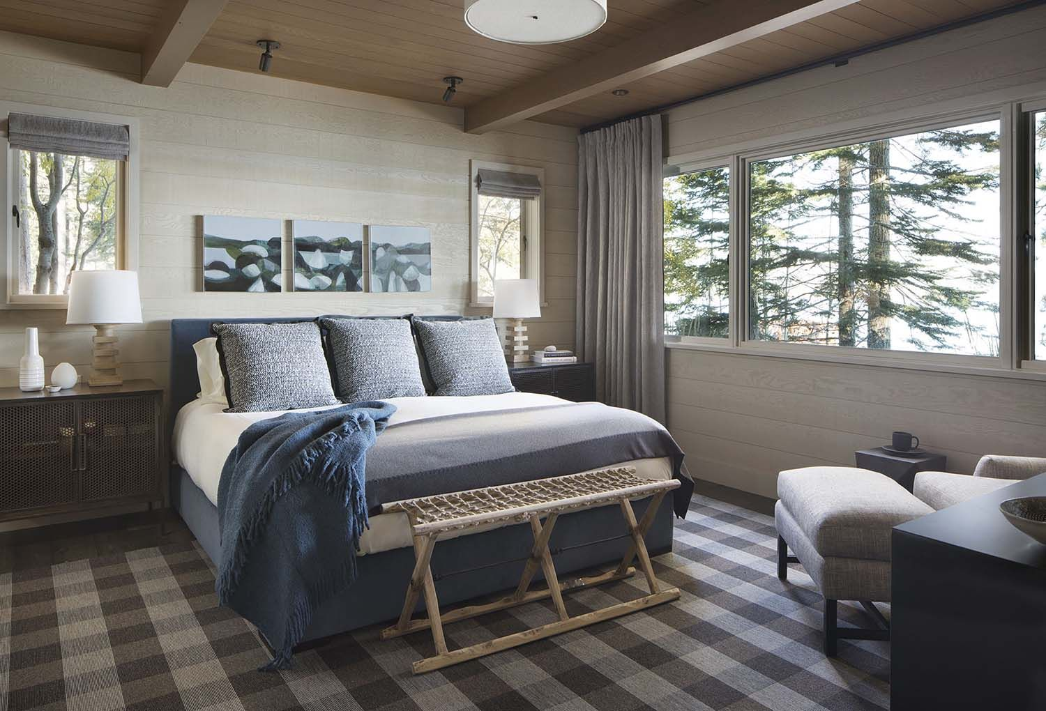 Rustic Lake House Retreat Inspired By Gorgeous Lake Tahoe Surroundings Rustic Lake Houses Lakehouse Bedroom Guest Bedrooms