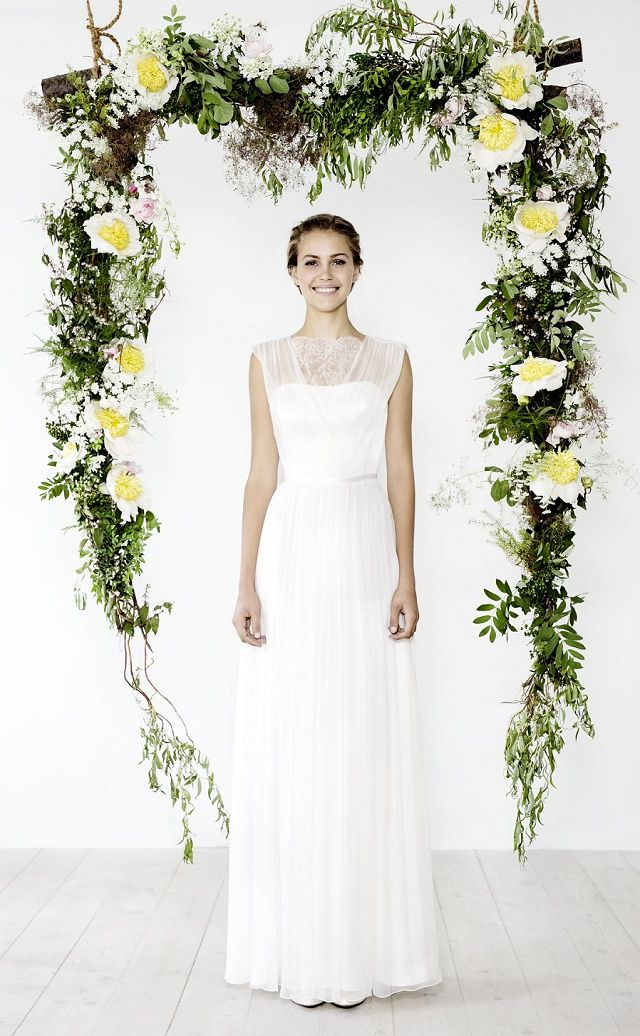 Oui Kollektion 2016: Brautmode von kisui | Corner, Weddings and Wedding