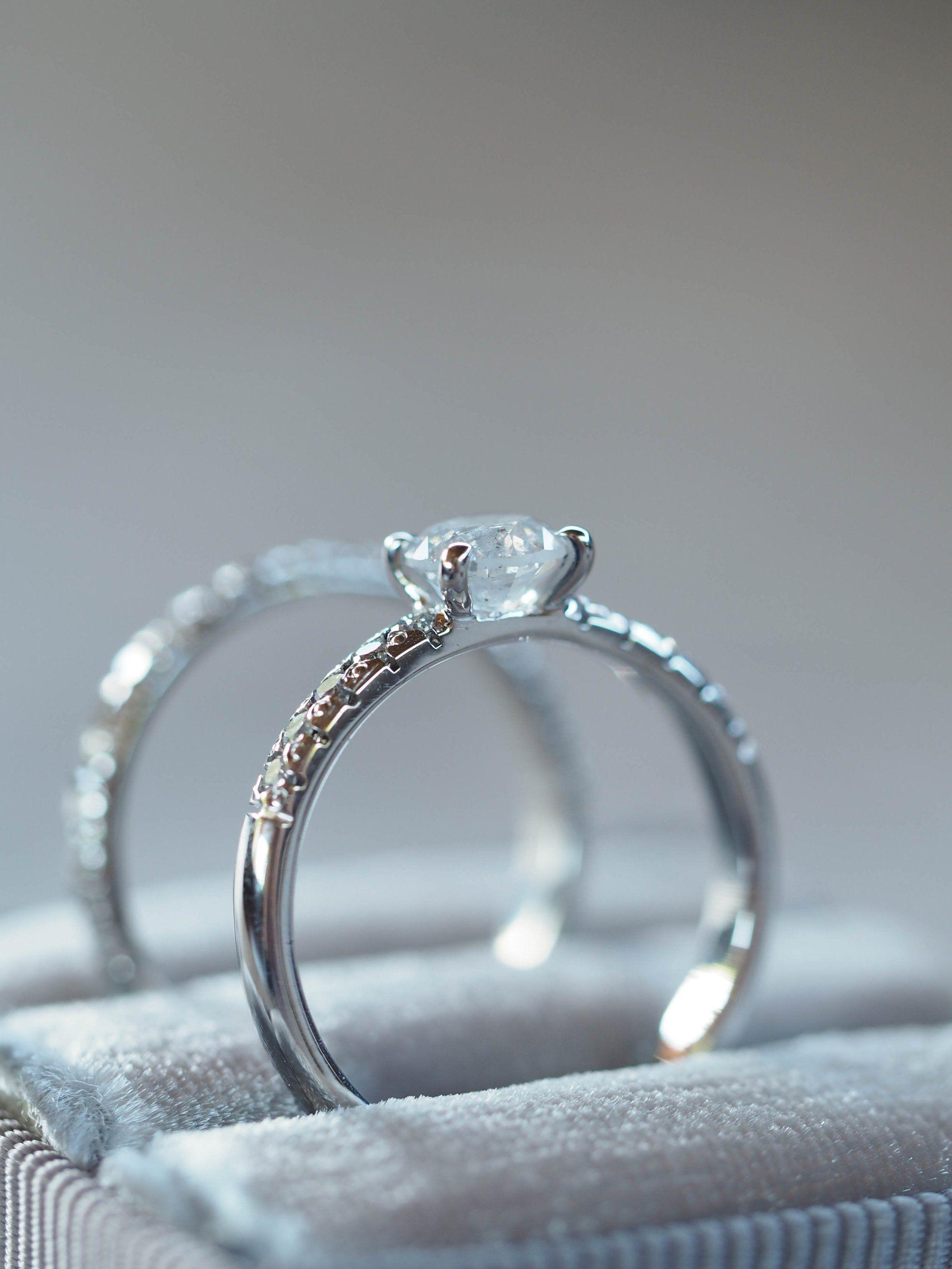 Icy White Diamond Ring Set White diamond ring, Diamond