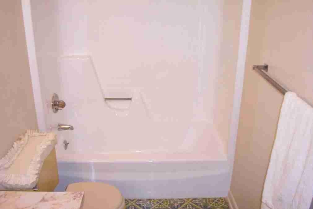 New post Trending-fiberglass bathtub repair-Visit-entermp3.info ...