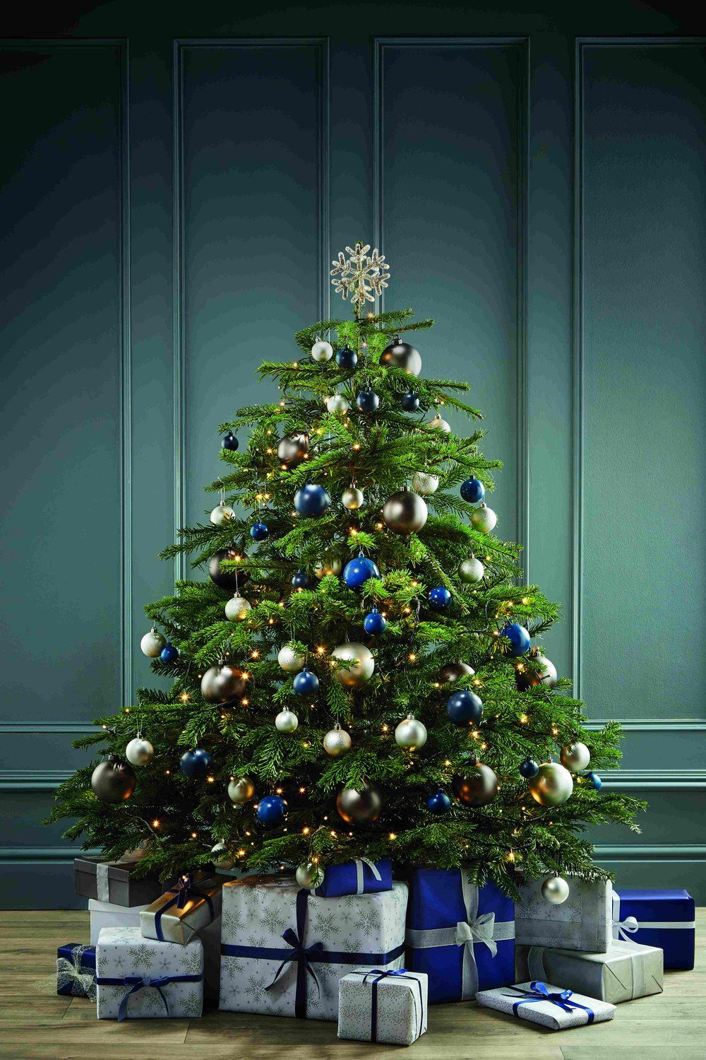 These Over the Top Christmas Tree Ideas Are Wonderful   Page 4 of
