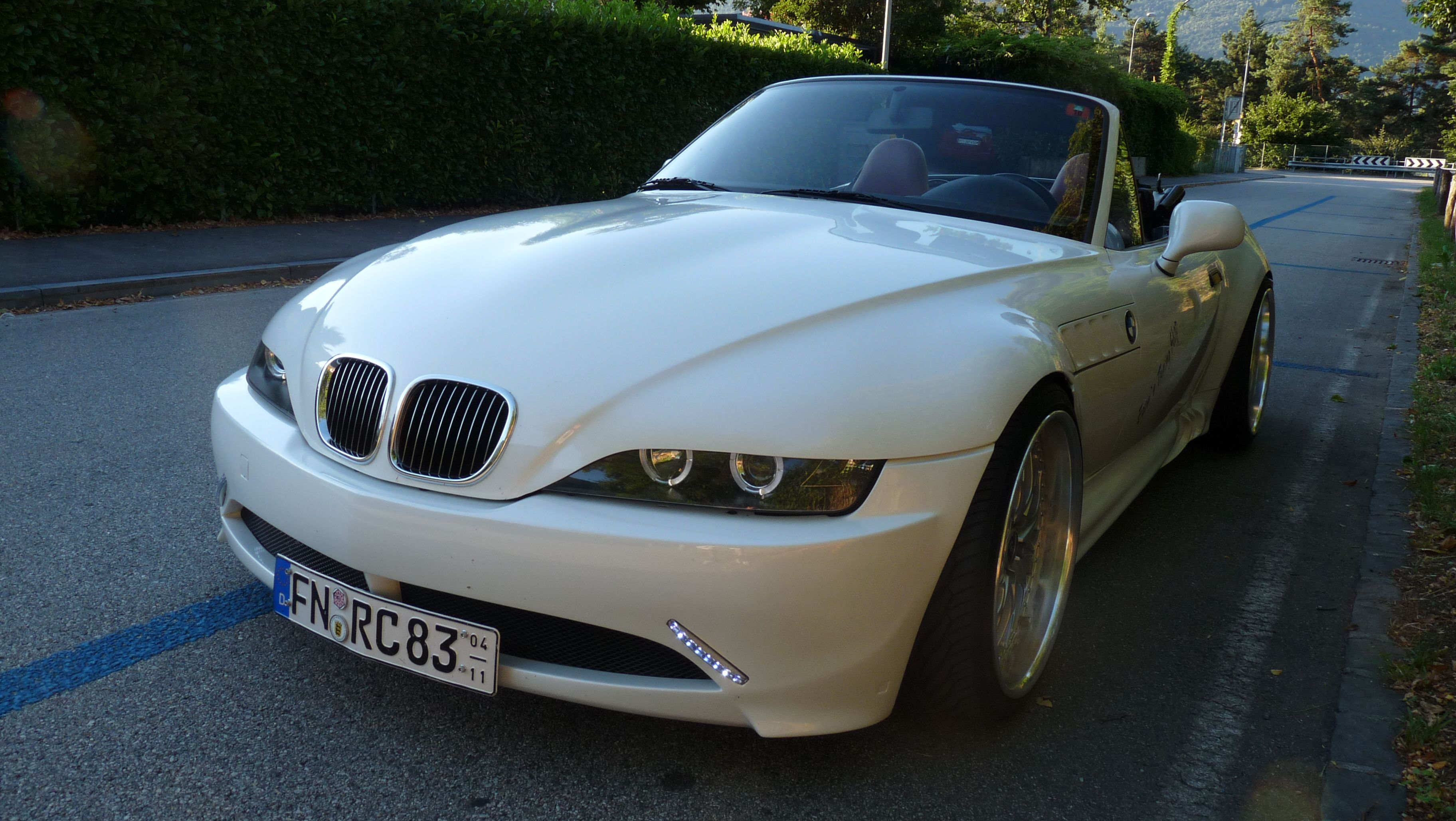 z3 white pearl bmw z1 z3 z4 z8 dream cars pinterest bmw z1 bmw and dream cars. Black Bedroom Furniture Sets. Home Design Ideas