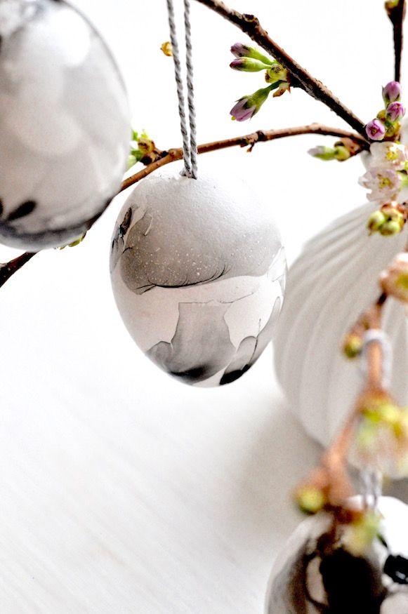 Marmorierte Ostereier mit Nagellack von Fräulein Selbstgemacht