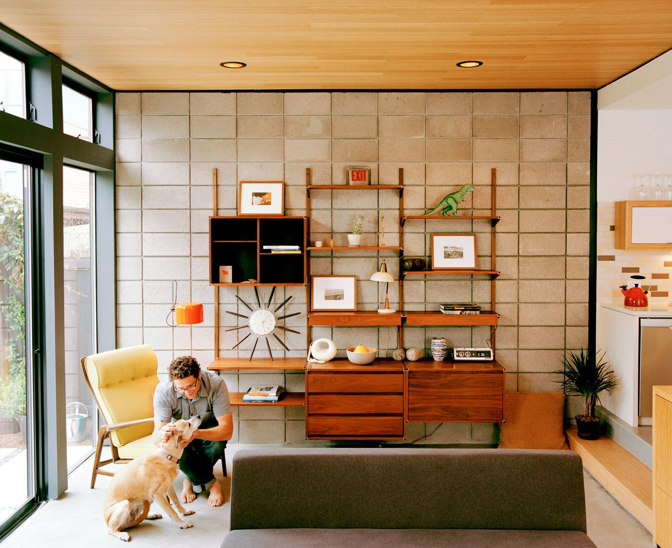 The Residents Of A Prefab House In Emeryville, California, Outfitted Their  Interiors With A Fleet Of Vintage Furniture Finds. Photo By: Jake Stangel