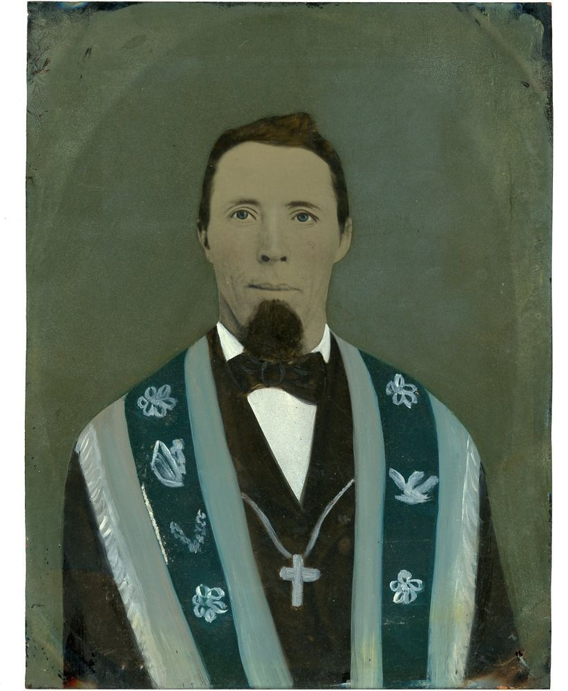Full Plate Tintype of Preacher Minister Clergy Vestments Cross Tinted P31