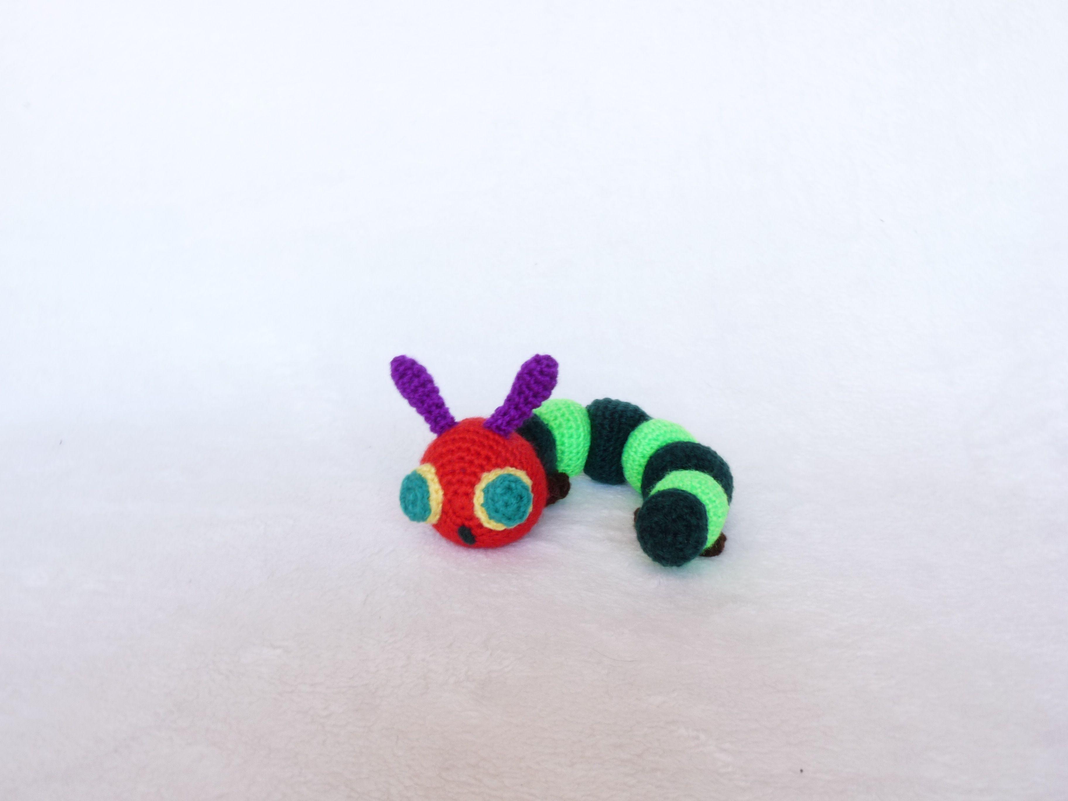 Amigurumi Caterpillar : The very hungry caterpillar amigurumi uchugurumi crochet