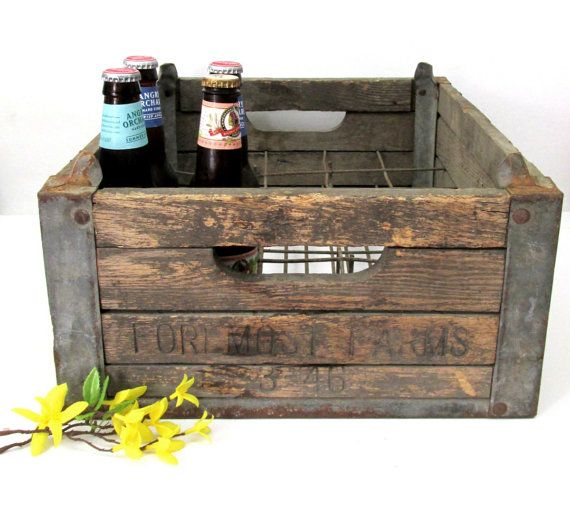 1946 Foremost Dairy Wooden Milk Crate Vintage Wood Crate Rustic Wedding Decor Industrial Crate Crate Decor Milk Crates Diy Vintage Wood Crates