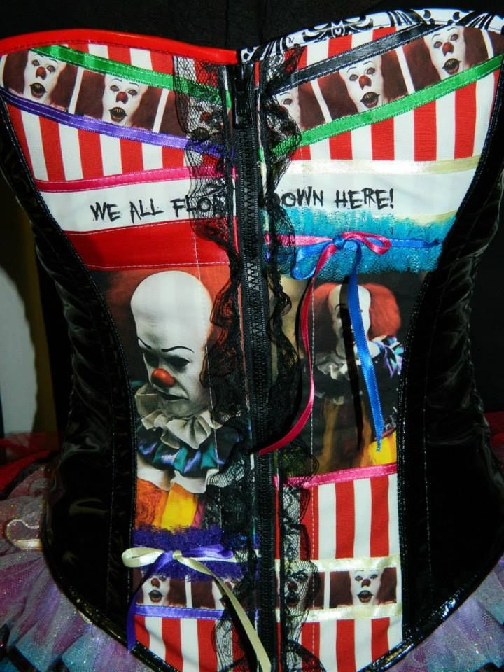 """Fluffer Designs """"Stephen Kings the IT"""" Corset - Front Detail"""