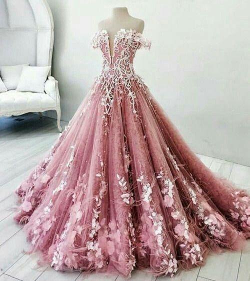 Pin by Chris Naumann on Kleider   Pinterest   Ballroom dress ...