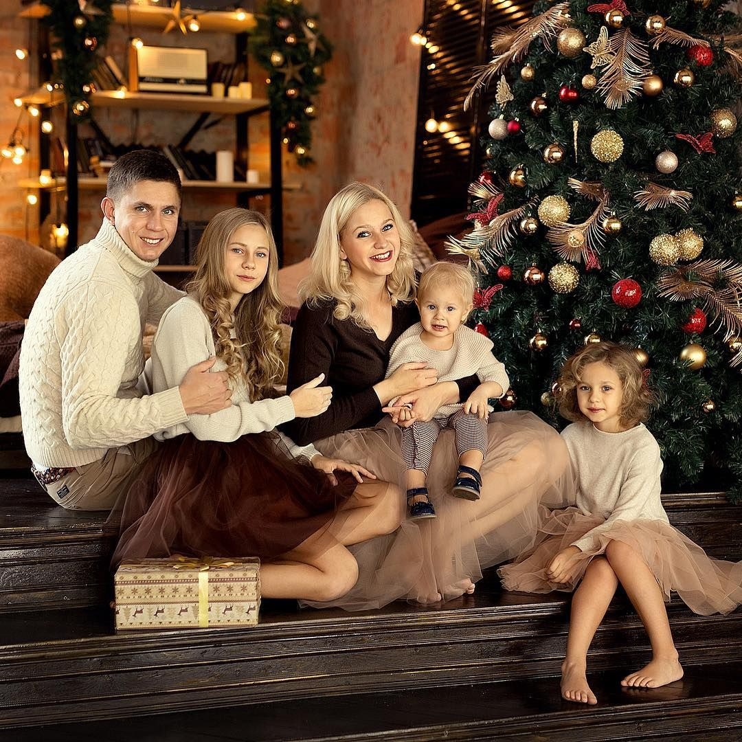 варианты одежды для новогодней фотосессии семьей этого