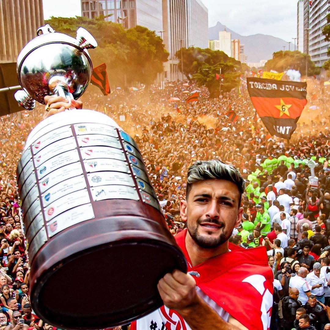 FLAMENGO CAMPEÃO! em 2020 | Arrascaeta, Libertadores ...