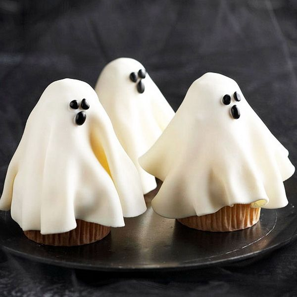 Cat & Moon Pumpkin Spice Cupcake – Easy Halloween Party Food ...