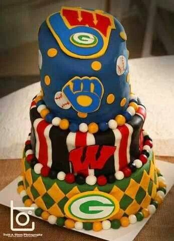 Magnificent Wisconsin Sports Grooms Cake With Images Grooms Cake Wedding Funny Birthday Cards Online Hetedamsfinfo