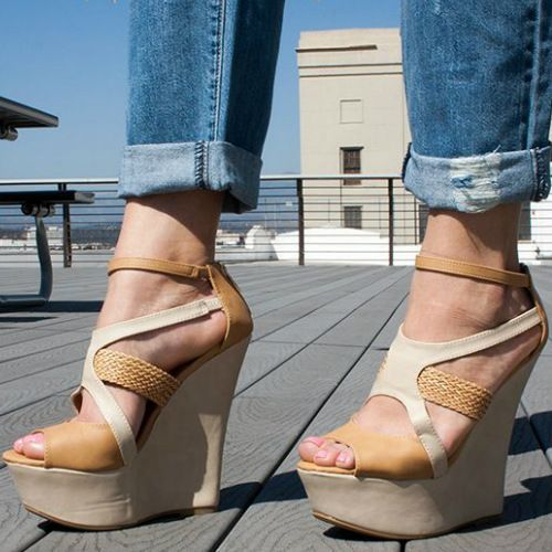 Stylish Woven Strap Wedges Strappy Days