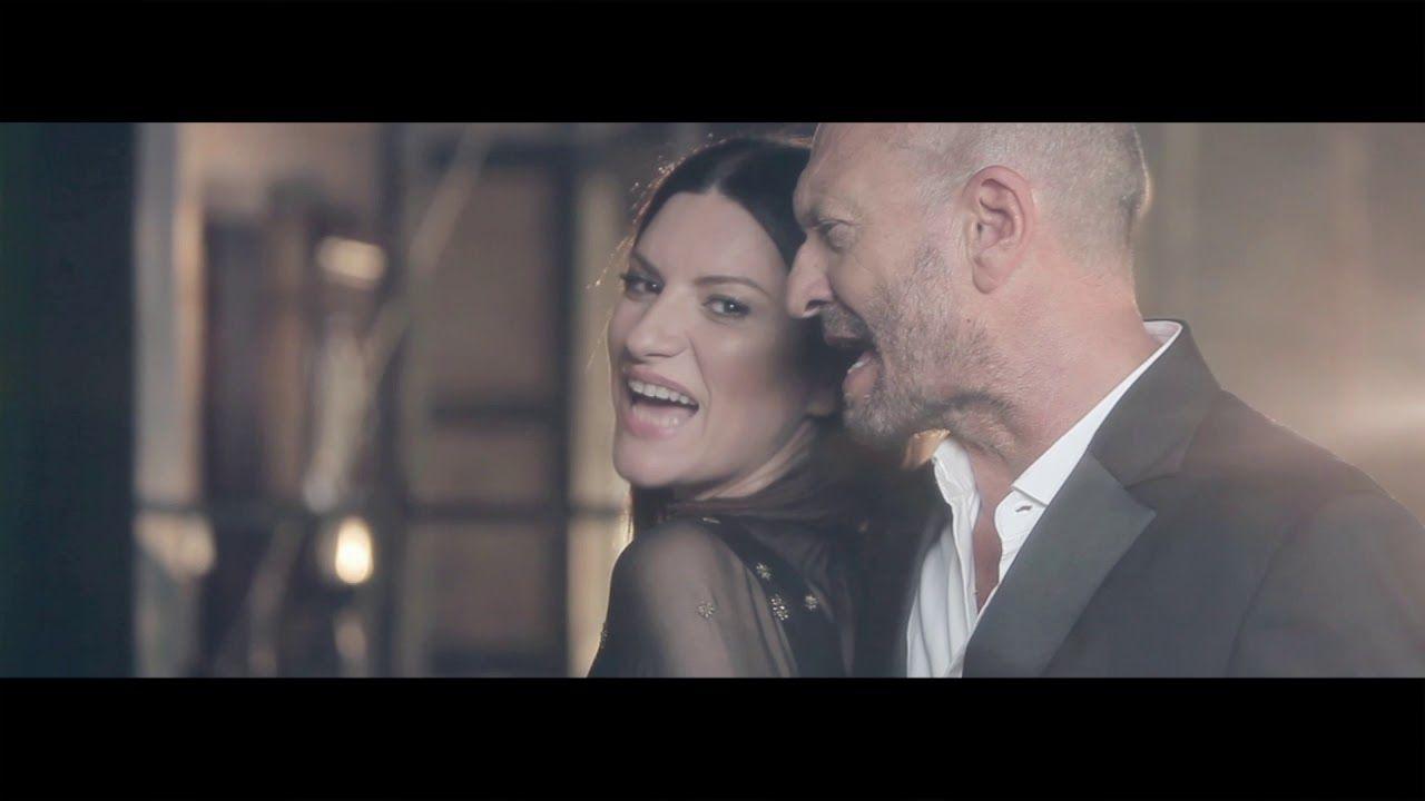 Laura Pausini - Il coraggio di andare feat Biagio Antonacci (Official  Video) - YouTube